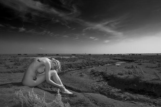 silence artistic nude photo print by photographer louis sauter