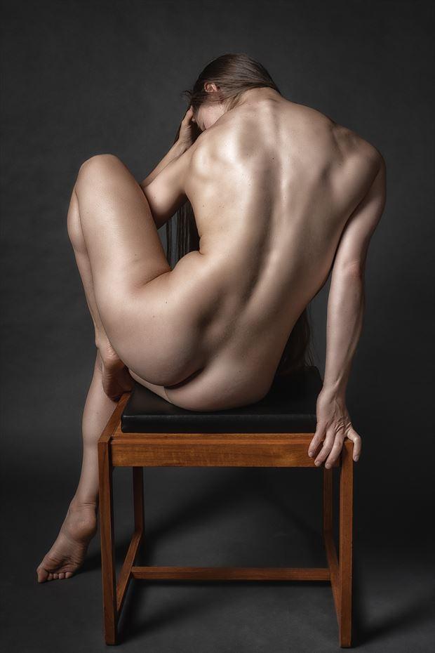 sitting pretty 2 artistic nude photo print by photographer rick jolson