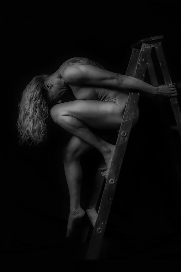 step by step artistic nude photo print by photographer bill milward