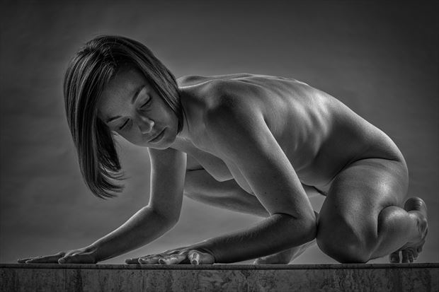 tabled artistic nude photo print by photographer rick jolson