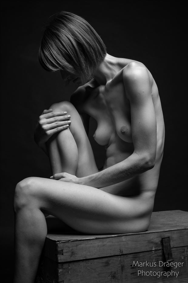 thinking artistic nude photo print by photographer mdraeger