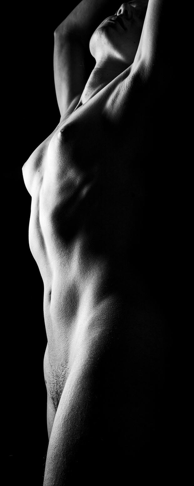towering beyond artistic nude photo print by photographer surzayon