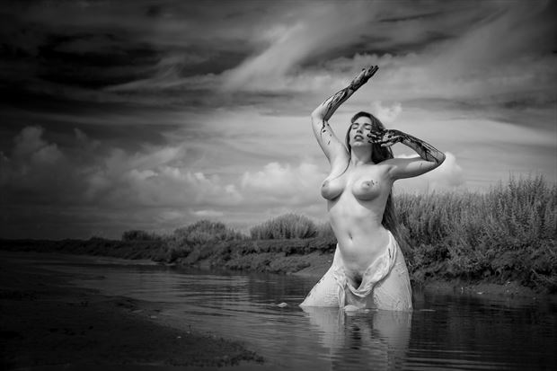 transience artistic nude photo print by photographer louis sauter