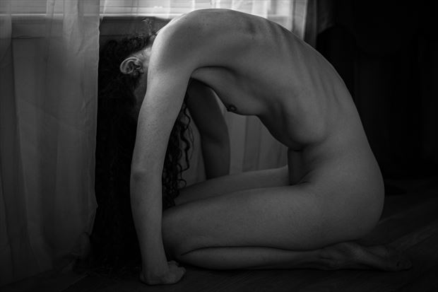 untitled v cove artistic nude photo print by photographer thomas branch