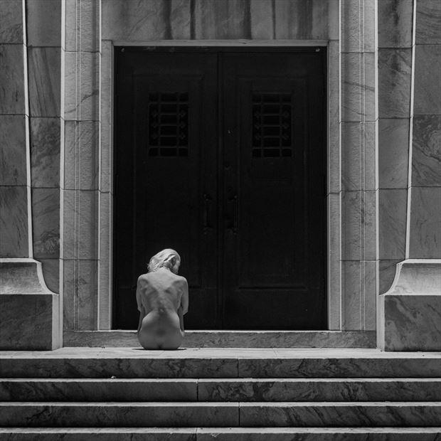 waiting artistic nude photo print by photographer goadken