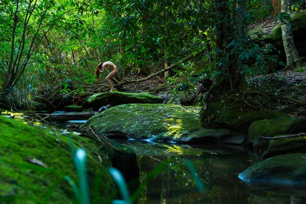 washing at the creek artistic nude photo print by photographer stephen wong